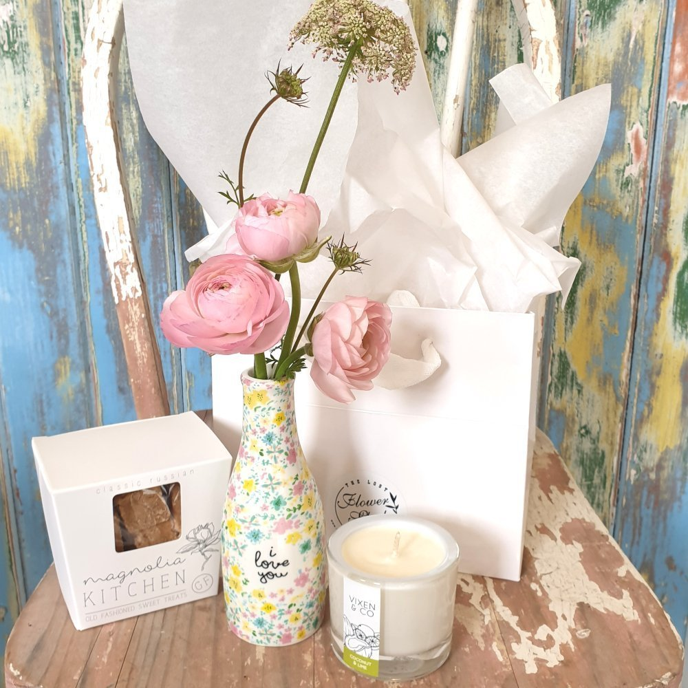 The Lost Flower Shed I Love You Gift Bundle